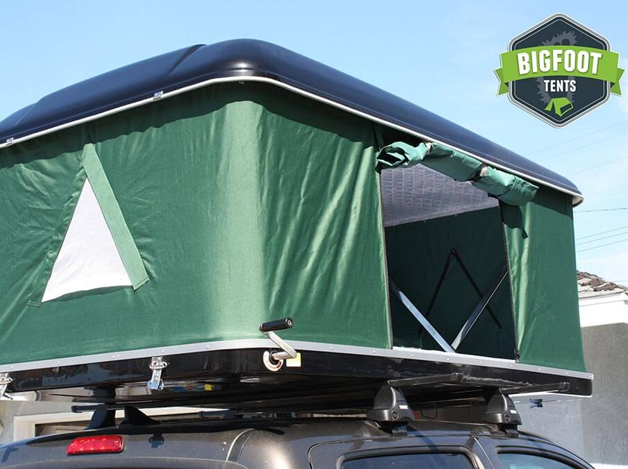 & Explorer Series Hard Shell Roof Top Tent Blk/Grn