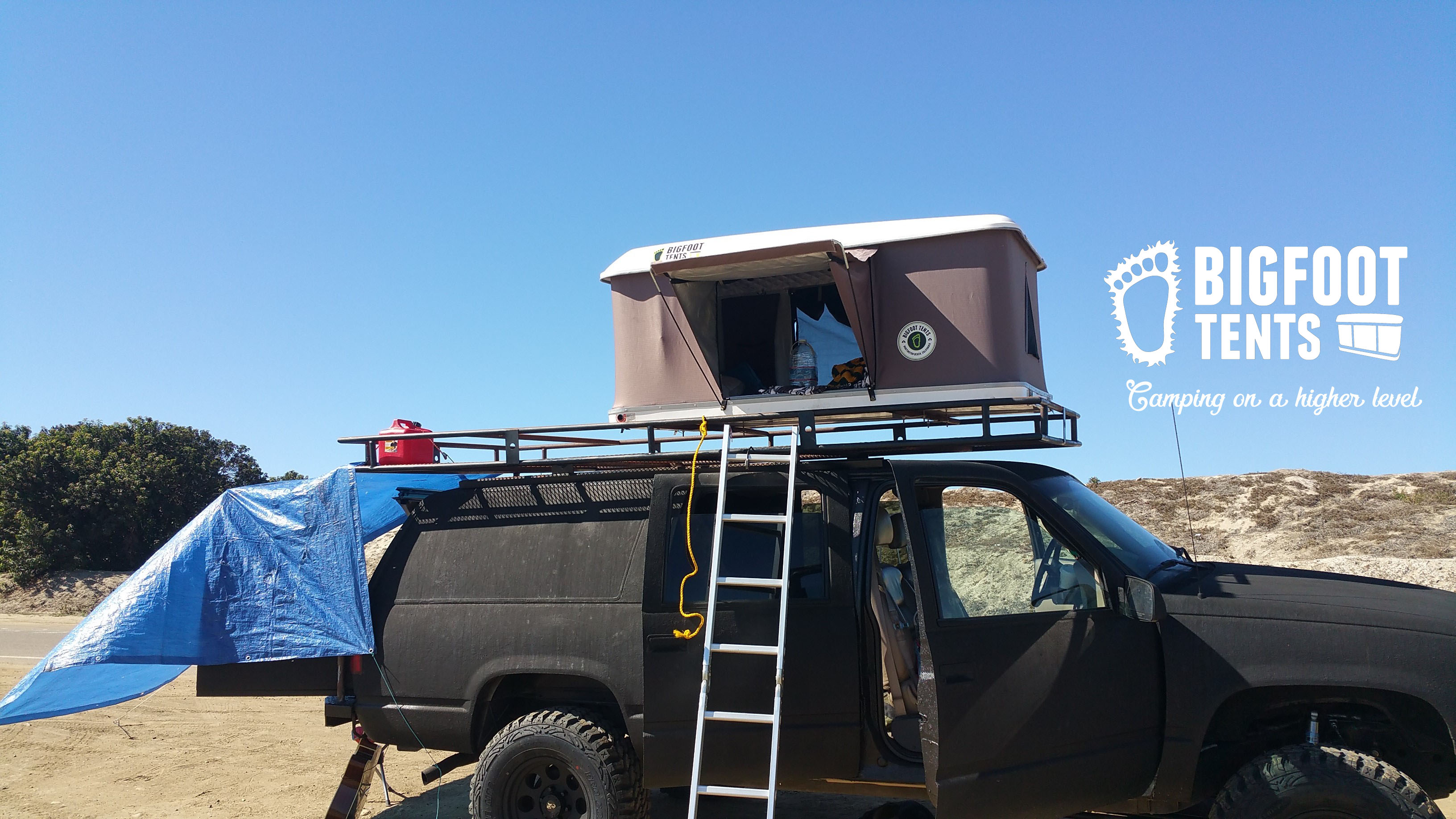 Hard Shell Roof Top Tent - On A Tacoma Toyota & Explorer Series Hard Shell Roof Top Tent